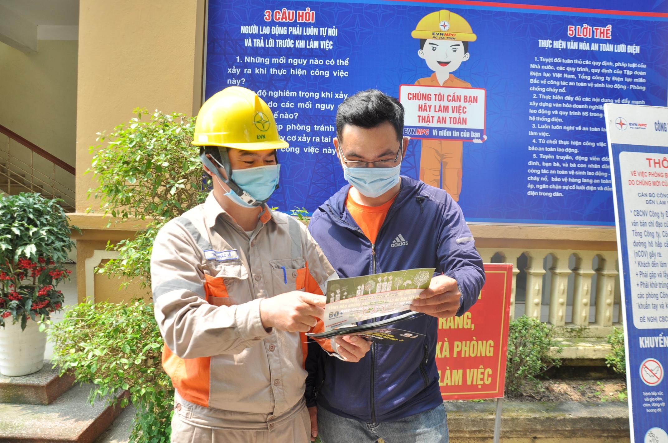PC Hà Tĩnh tuyên truyền hóa đơn tiền điện