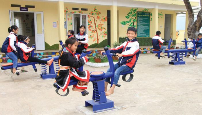 Phòng học, bếp ăn, khu vui chơi, phòng nghỉ... được đầu tư đồng bộ, giúp học sinh có môi trường học tập gần gũi, thân thiện.