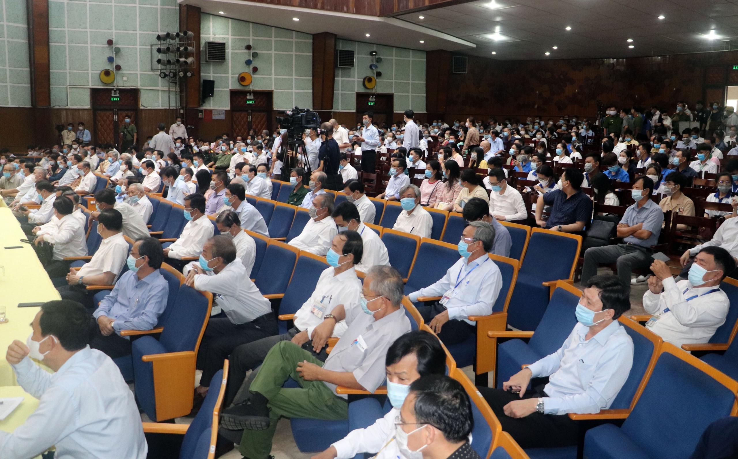 Các cử tri tham dự Hội nghị