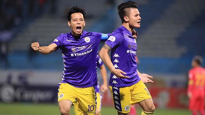 Hà Nội FC hoãn tiêm vaccine COVID-19 cho cầu thủ. ảnh VPF