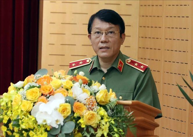 Trung tướng Lương Tam Quang,Thứ trưởng Bộ Công an, Trưởng Tiểu ban an ninh, trật tự cuộc bầu cử phát biểu. Ảnh: Phạm Kiên/TTXVN