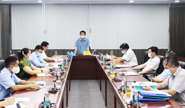 Bộ trưởng, Chủ nhiệm Hầu A Lềnh phát biểu kết luận tại buổi làm việc