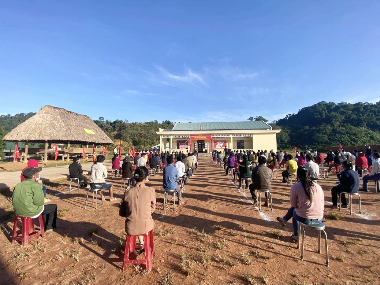 Quảng Nam: Rộn ràng ngày bầu cử sớm tại một số xã vùng cao biên giới  3
