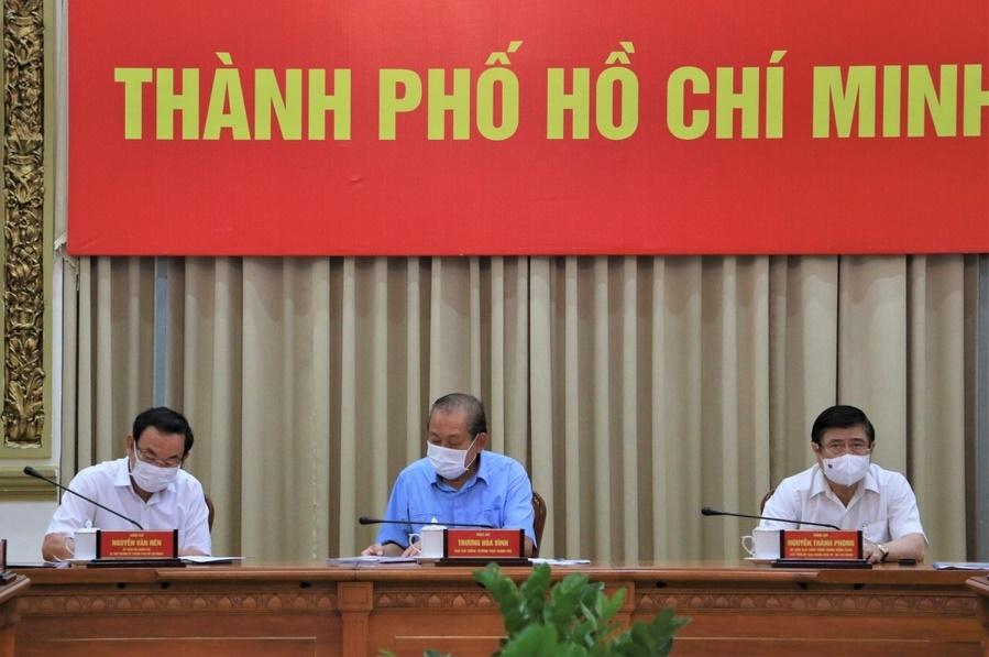 Phó Thủ tướng Trương Hòa Bình: Giãn cách xã hội nhưng không để đứt gẫy sản xuất, bảo đảm cuộc sống cho người dân