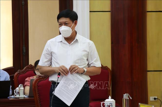Thứ trưởng Bộ Y tế Đỗ Xuân Tuyên phát biểu tại buổi làm việc.
