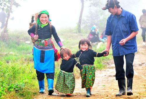Gia đình hạnh phúc là cộng đồng của sự trách nhiệm và yêu thương từ các thành viên trong mái nhà chung. Ảnh: Minh họa