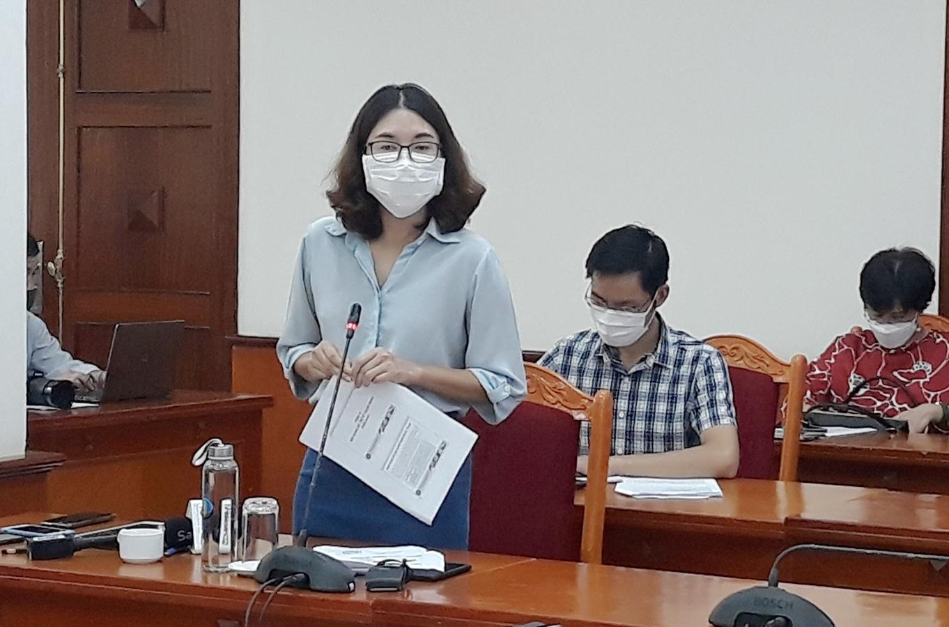 Bà Nguyễn Thị Thanh Hương, Phó Cục trưởng Cục Bảo vệ thực vật (Bộ NN&PTNT) phát biểu tại Hội nghị