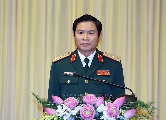 Thượng tướng Nguyễn Tân Cương, Ủy viên Trung ương Đảng, Ủy viên Quân ủy Trung ương, Tổng Tham mưu trưởng Quân đội nhân dân Việt Nam, Thứ trưởng Bộ Quốc phòng phát biểu nhậm chức. Ảnh: Thống Nhất/TTXVN