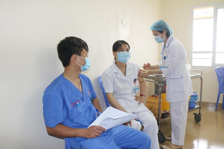 Bộ Y tế yêu cầu các địa phương kết thúc việc tiêm vắc xin được phân bổ đợt 4 trước 15/9