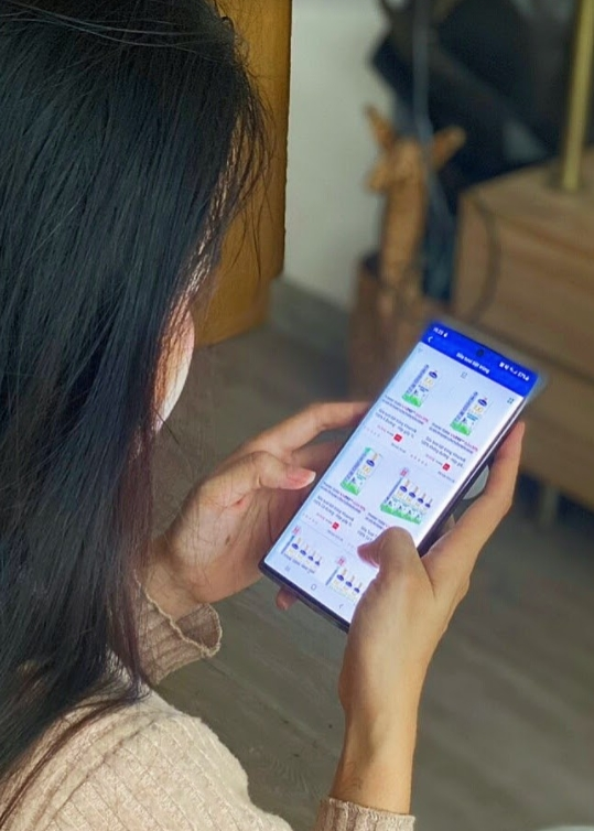 """Mua sản phẩm Vinamilk thông qua ứng dụng """"Giấc mơ sữa Việt"""" giúp các mẹ an tâm giãn cách xã hội"""