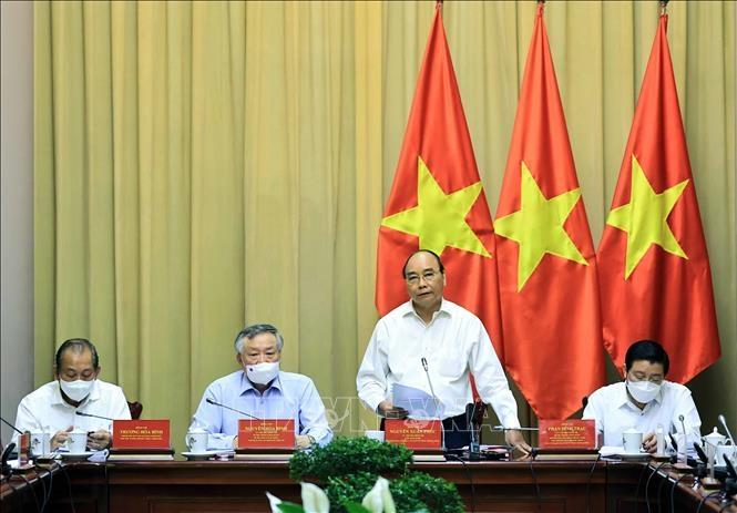 Chủ tịch nước Nguyễn Xuân Phúc, Trưởng ban Cải cách Tư pháp Trung ương phát biểu. Ảnh: Thống Nhất/TTXVN