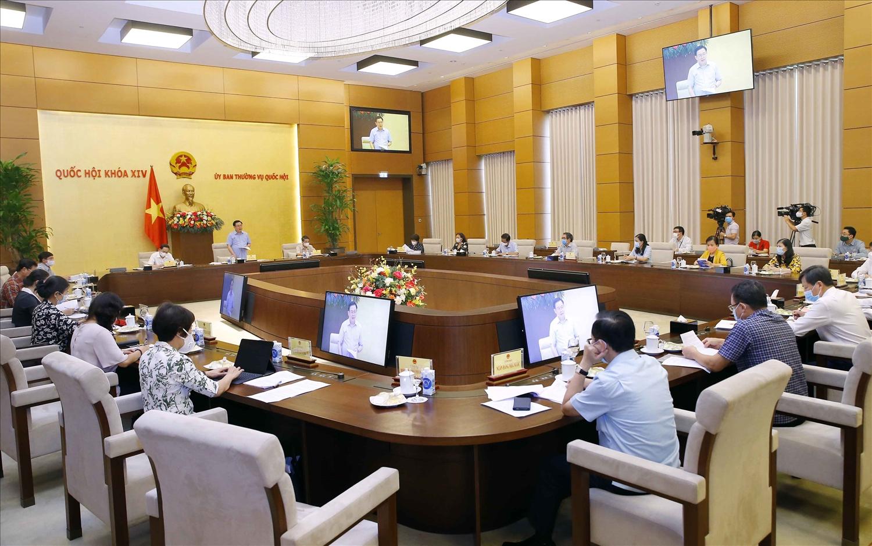 Toàn cảnh buổi làm việc. Ảnh:VGP/Nguyễn Hoàng