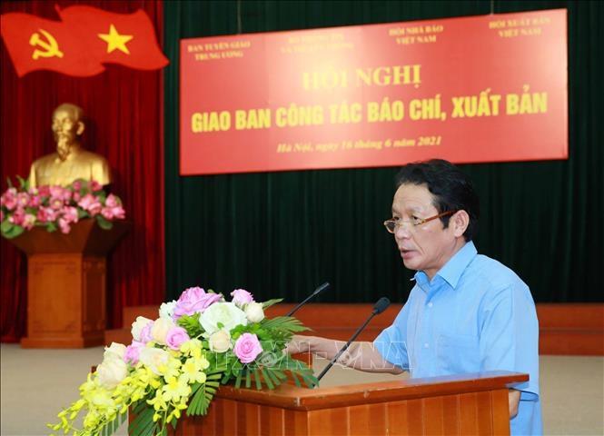 Thứ trưởng Bộ Thông tin và Truyền thông Hoàng Vĩnh Bảo phát biểu tại hội nghị. Ảnh: Phương Hoa/TTXVN
