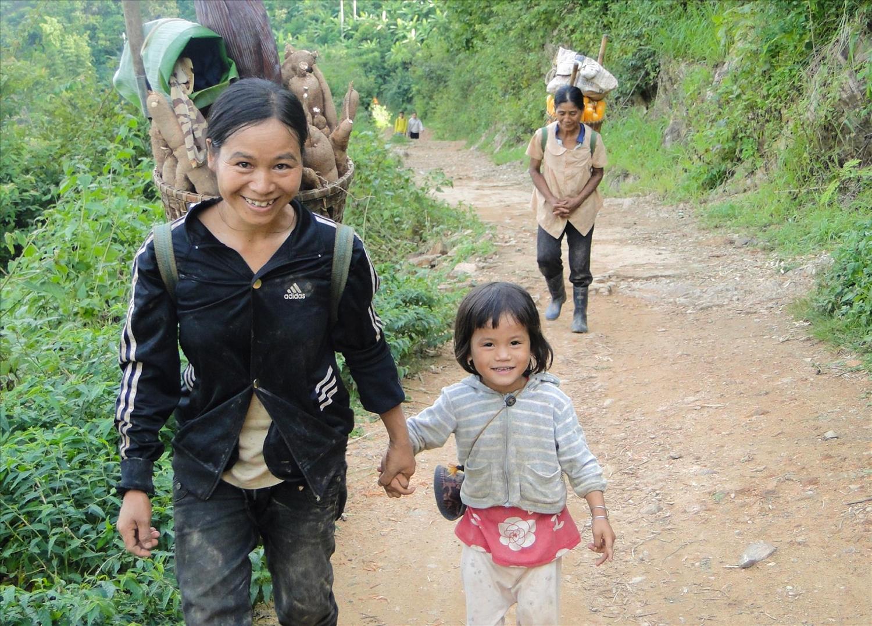 Cuộc sống thường nhật của dân làng Kon K'tu hôm nay.