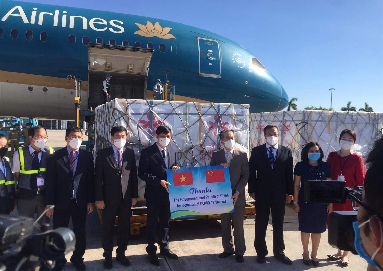 500.000 liều vaccine Vero-Cell của Sinopharm đã về tới Việt Nam
