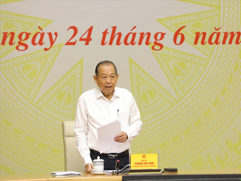 Phó Thủ tướng Thường trực Chính phủ Trương Hoà Bình phát biểu chỉ đạo cuộc họp. Ảnh: VGP/Lê Sơn.