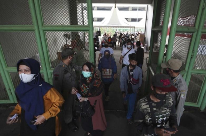 Hơn 181,7 triệu người trên thế giới đã nhiễm virus SARS-CoV-2. (Ảnh: AP)