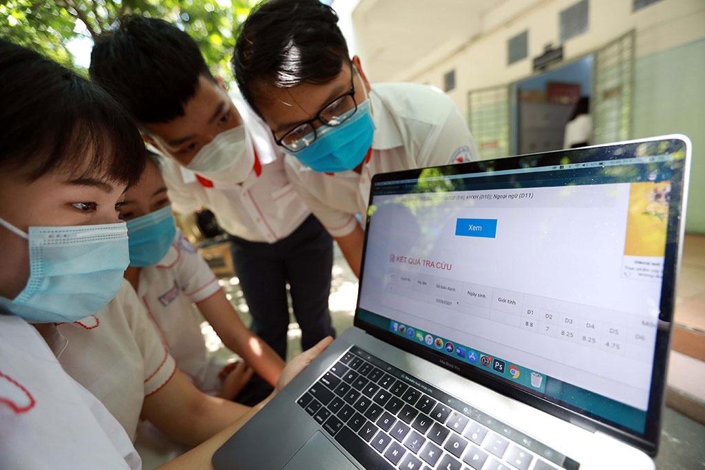 Cách tra cứu điểm thi tốt nghiệp THPT 2021 | Báo Dân tộc và Phát triển