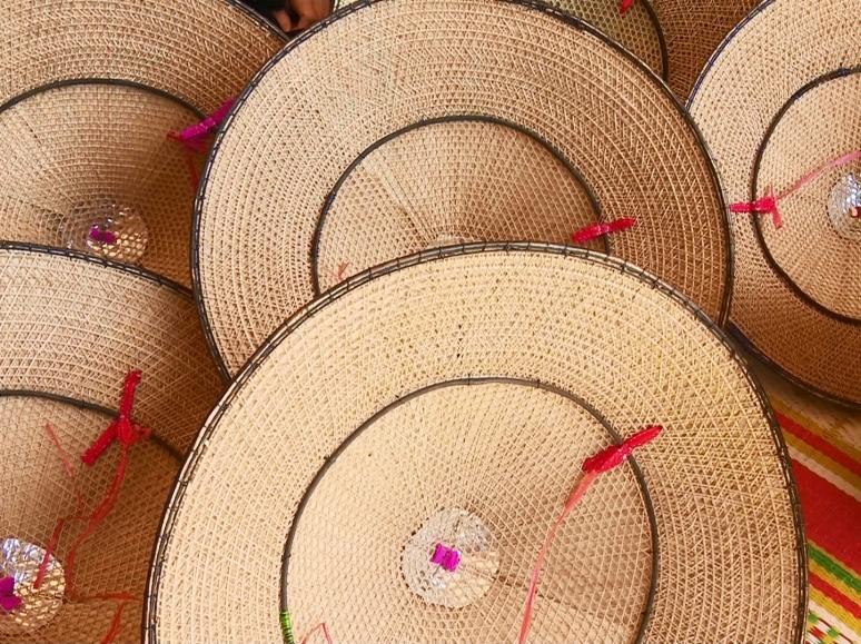 Chiếc nón của người Tày ở vùng Định Hóa tỉnh Thái Nguyên