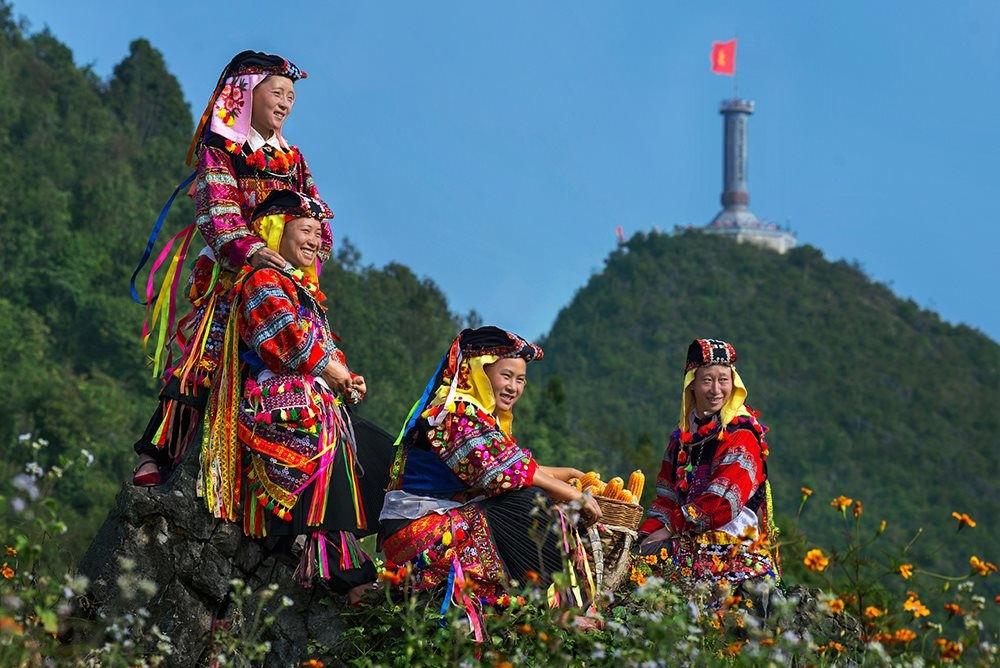 Người Lô Lô cư trú chủ yếu ở huyện Đồng Văn và Mèo Vạc