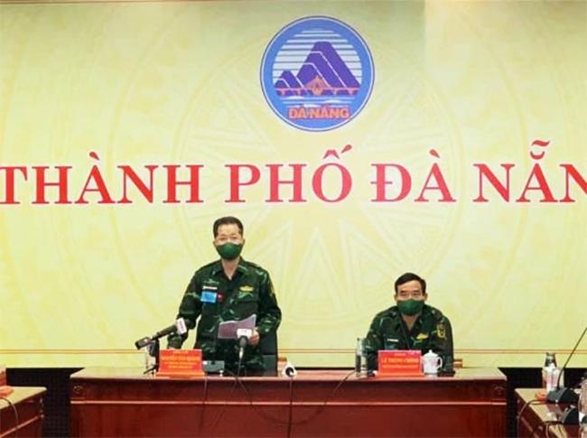 Bí thư Thành ủy Đà Nẵng Nguyễn Văn Quảng phát biểu chỉ đạo tại cuộc họp