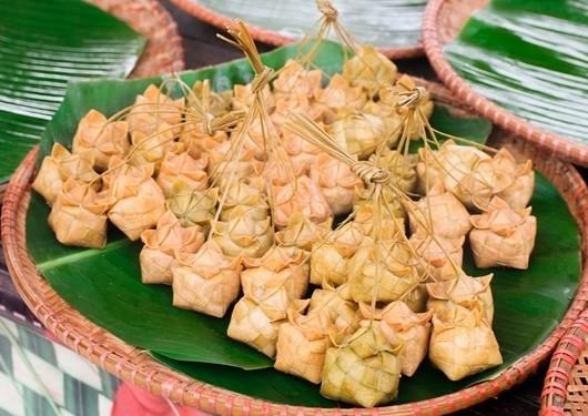 Bánh ka tum của người Khmer ở Tri Tôn (An Giang)