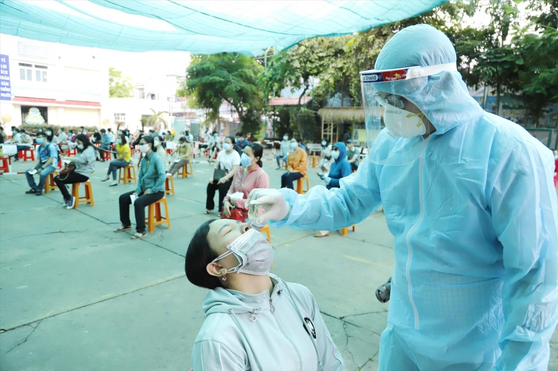 Theo kế hoạch, Bắc Giang sẽ thực hành xét nghiệm cho 100% thí sinh và cán bộ, giáo viên làm nhiệm vụ coi thi