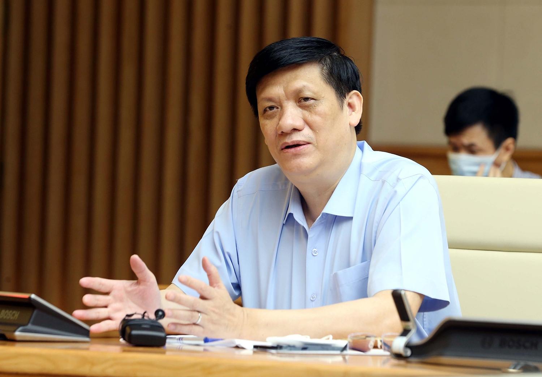 Bộ trưởng Bộ Y tế Nguyễn Thanh Long cho biết ngành y tế đang tích cực chuẩn bị vật tư, trang thiết bị chống dịch, không để bị động trong mọi tình huống. Ảnh: VGP/Đình Nam