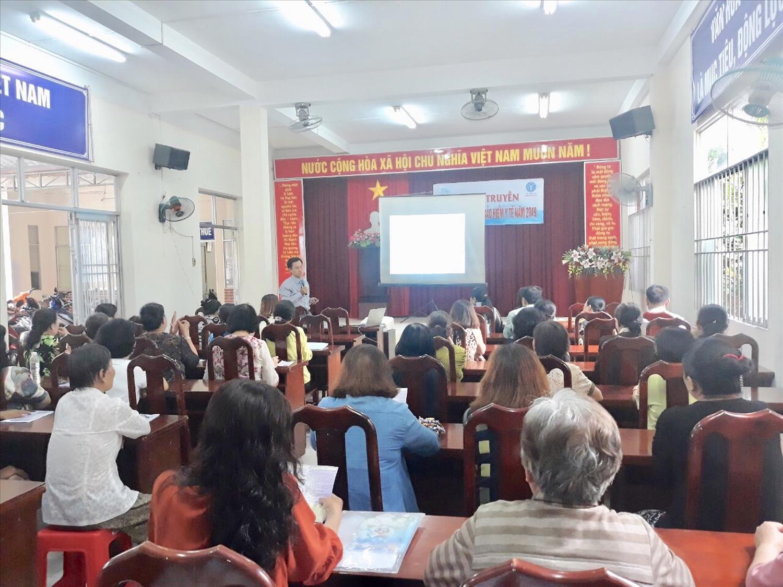 Tuyên truyền về BHYT tại phường Thới Bình