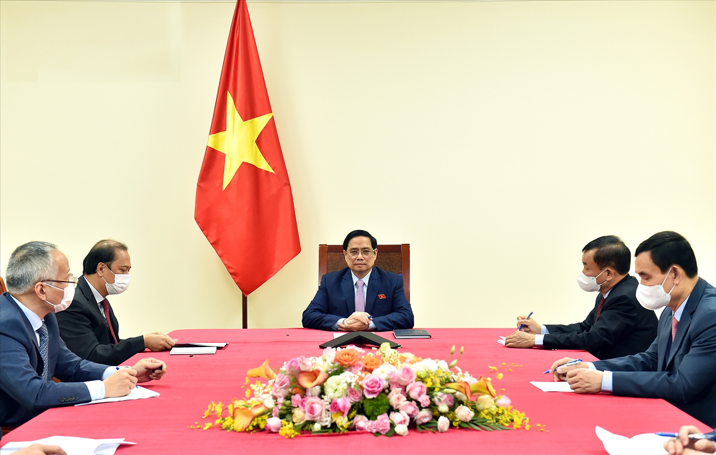Tại cuộc điện đàm, Thủ tướng Phạm Minh Chính và Tổng thống Philippines Rodrigo Duterte nhất trí phối hợp chặt chẽ thúc đẩy quan hệ Việt Nam – Philippines trên mọi lĩnh vực, tập trung vào các trọng tâm - Ảnh: VGP/Nhật Bắc