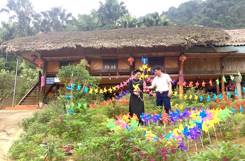 Khuôn viên đẹp là điểm cộng để homestay Nà Khá, xã Năng Khả (Na Hang) hút khách