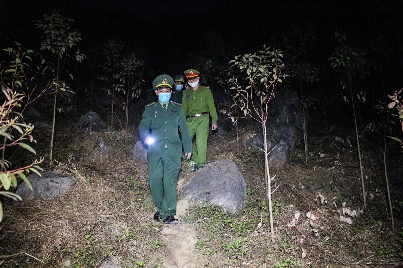 Cán bộ, chiến sỹ Đồn Biên phòng Sơn Vĩ tổ chức tuần tra, kiểm soát đường biên giới