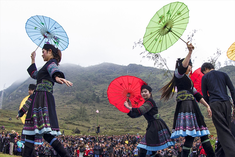 """""""Tập quán xã hội và tín ngưỡng Chợ Phong Lưu Khâu Vai"""" vừa được Bộ Văn hóa Thể thao và Du lịch đưa vào Danh mục Di sản Văn hóa phi vật thể quốc gia."""
