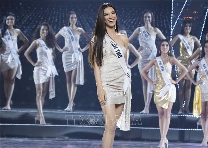 Người đẹp Nguyễn Huỳnh Kim Duyên sẽ là gương mặt đại diện Việt Nam chinh phục vương miện sắc đẹp tại Hoa hậu Hoàn vũ 2021. Ảnh: Tiên Minh/TTXVN