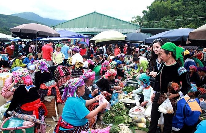 Một góc Chợ phiên San Thàng