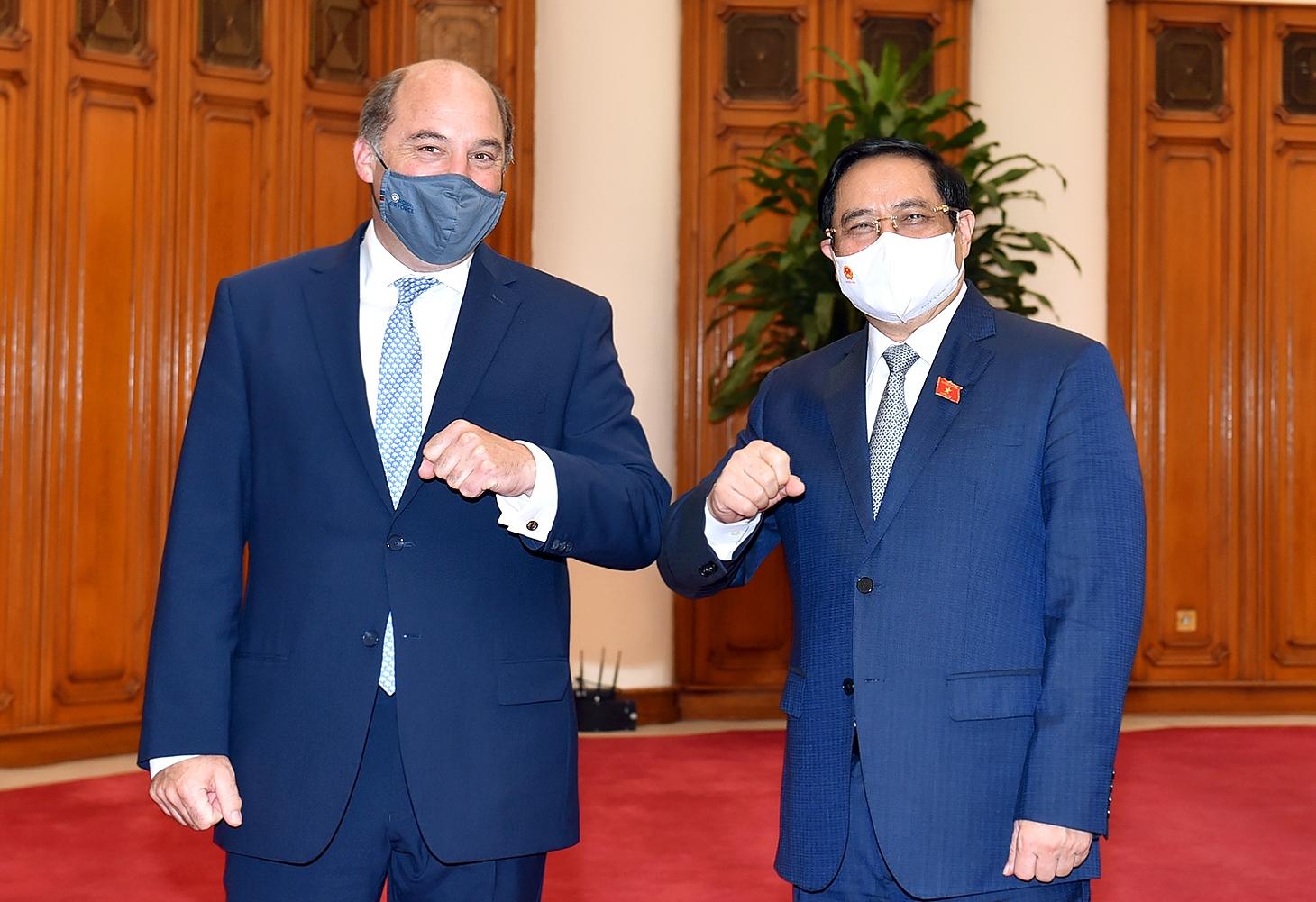 Bộ trưởng Quốc phòng Anh Ben Wallace khẳng định Anh luôn coi trọng quan hệ Đối tác chiến lược với Việt Nam; đánh giá cao những đóng góp quan trọng của Việt Nam tại khu vực và quốc tế. - Ảnh: VGP/Nhật Bắc