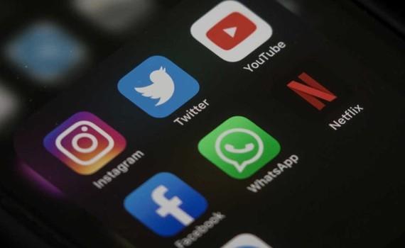Từ 15/9 tới, các nền tảng xuyên biên giới như Facebook, Google sẽ bị siết chặt, những quảng cáo quy phạm pháp luật phải gỡ bỏ trong 24h.