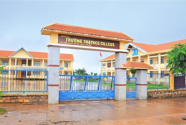 Trường Tiểu học và Trung học cơ sở Cillcus tại buôn Hang Hớt