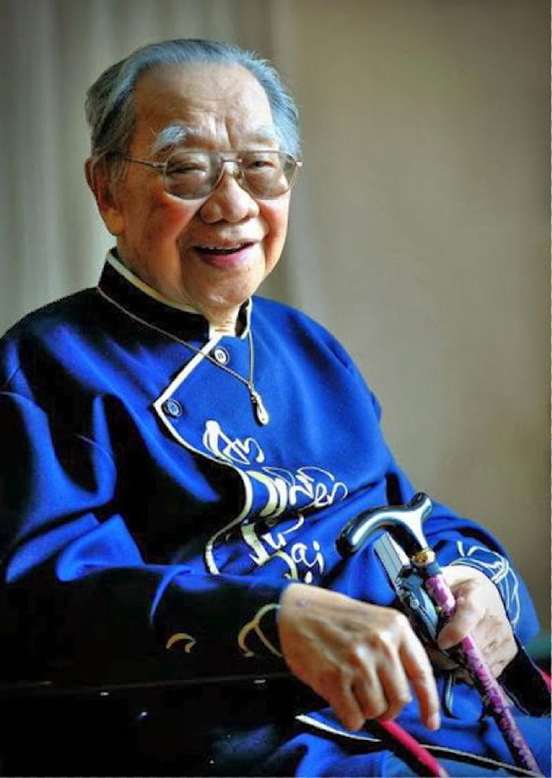 Giáo sư Trần Văn Khê (1921 - 2015)