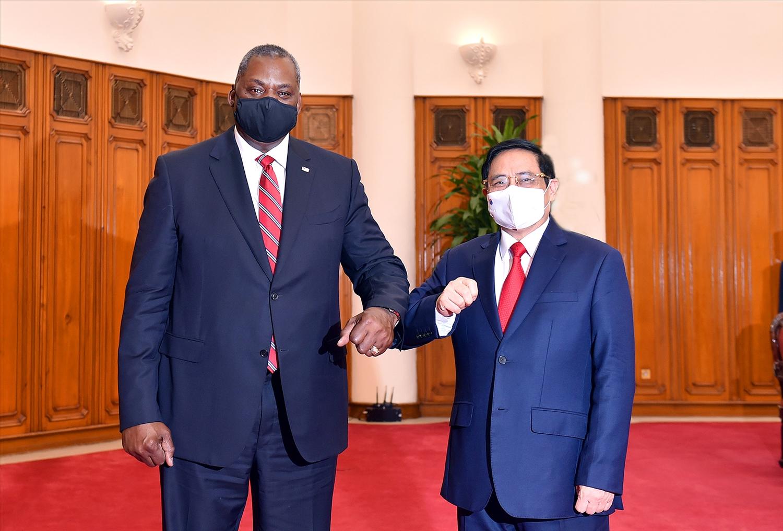 Thủ tướng Phạm Minh Chính tiếp Bộ trưởng Quốc phòng Hoa Kỳ Lloyd Austin đang có chuyến thăm chính thức Việt Nam. Ảnh: VGP/Nhật Bắc