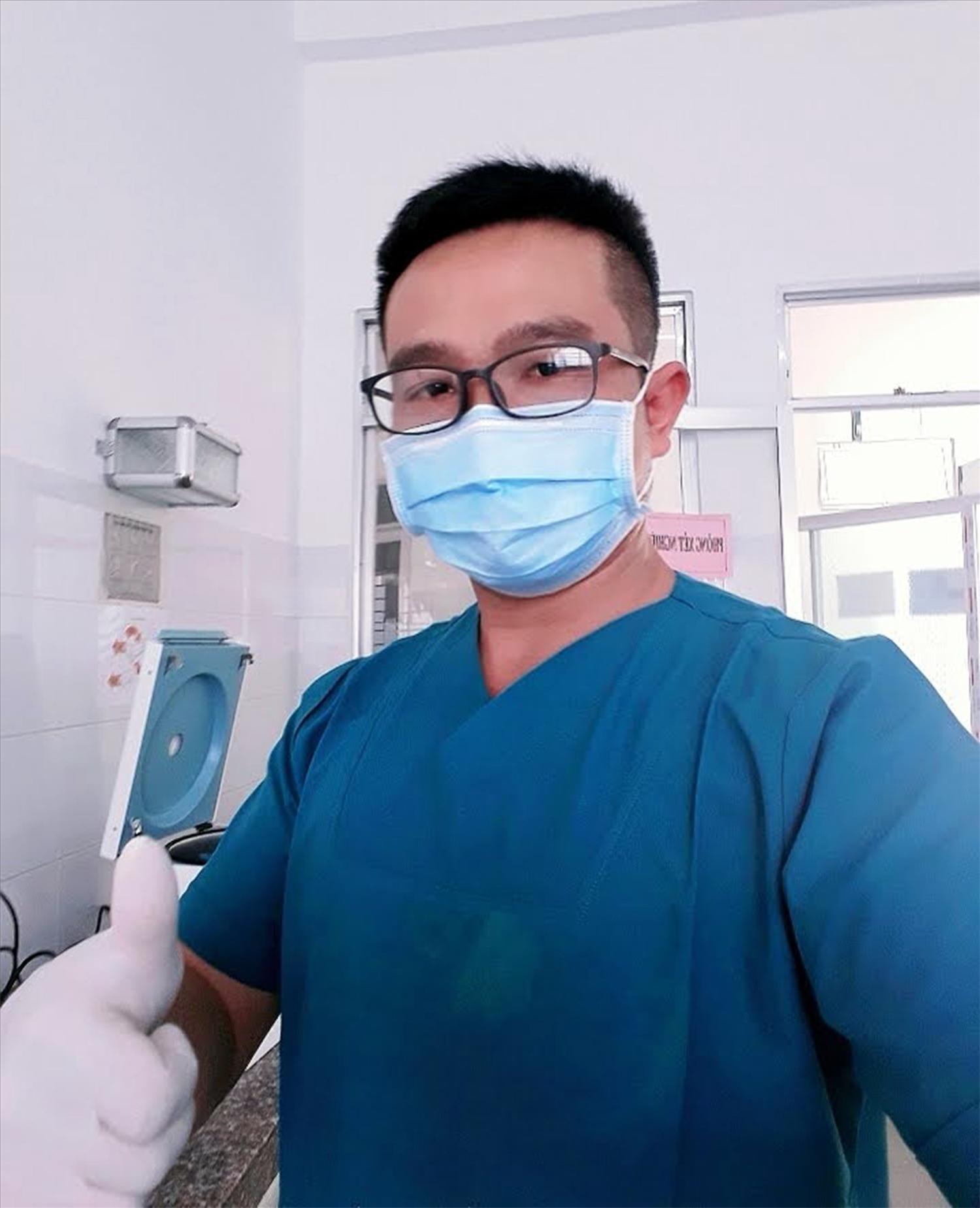 BS Định tại Khu điều trị bệnh nhân