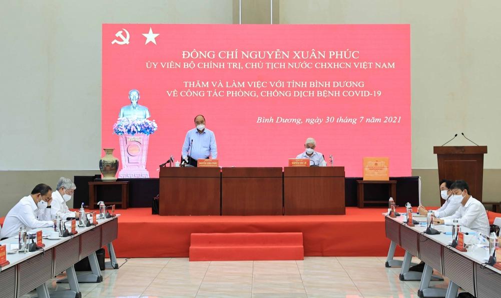 Chủ tịch nước Nguyễn Xuân Phúc làm việc với tỉnh Bình Dương về công tác phòng, chống dịch COVID-19 - Ảnh: VGP