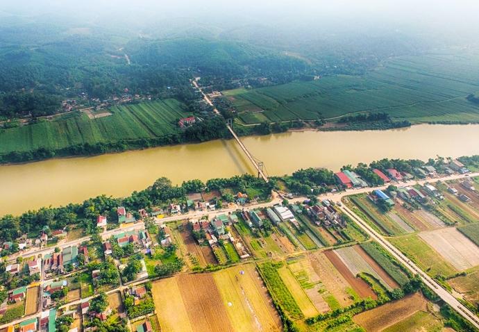 Một khu vực ven sông thuộc huyện Con Cuông