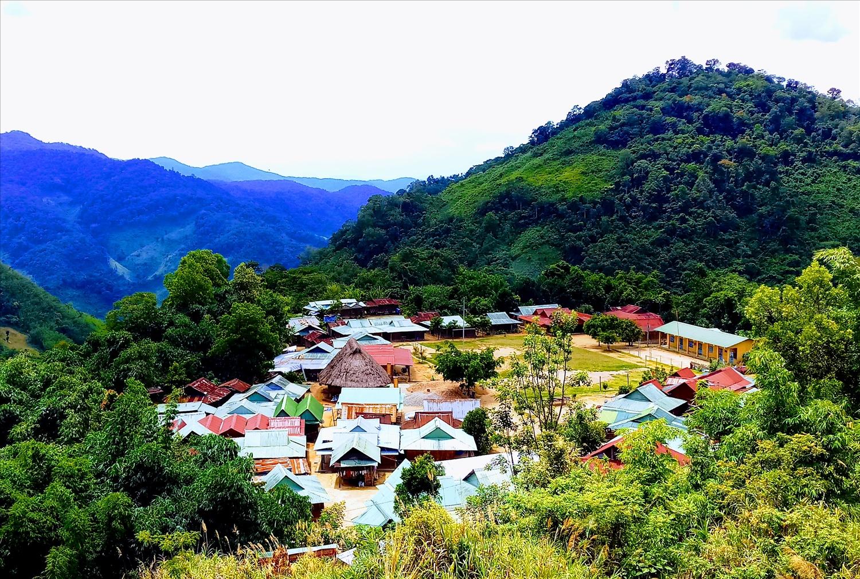 Làng của người Cơ Tu ở miền núi Quảng Nam hôm nay (Ảnh A Lăng Ngước)