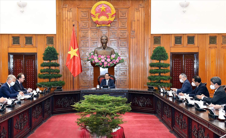 Thủ tướng Phạm Minh Chính khẳng định, Việt Nam luôn hoan nghênh, tạo điều kiện thuận lợi cho các nhà đầu tư quốc tế nói chung và các nhà đầu tư Liên bang Nga nói riêng trong việc tìm hiểu và tham gia các dự án đầu tư phù hợp với quy định của pháp luật Việt Nam - Ảnh: VGP/Nhật Bắc