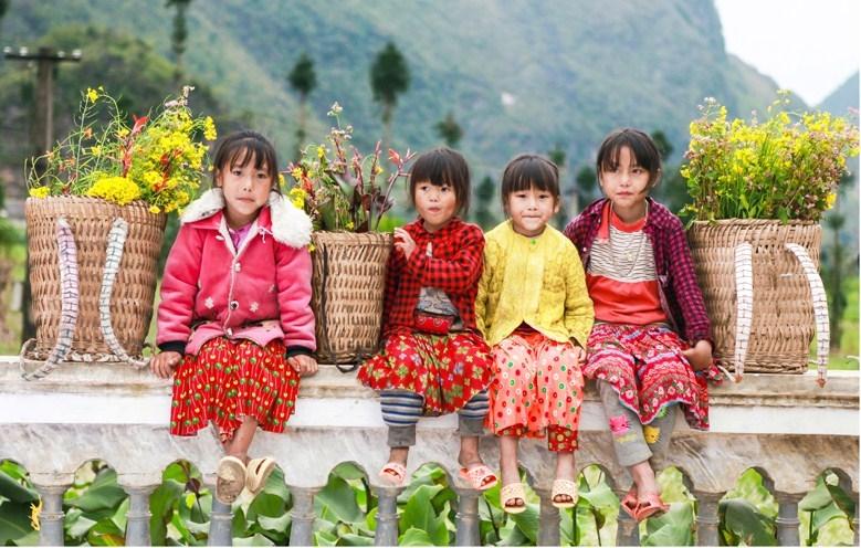 """UNESCO phát động chiến dịch truyền thông """"Vì bức tranh tương lai có trẻ em gái"""""""