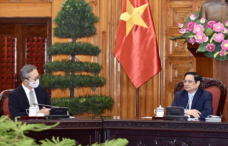 Thủ tướng Chính phủ Phạm Minh Chính mong muốn hai bên phối hợp chặt chẽ để tăng cường tiếp xúc, trao đổi đoàn các cấp, đặc biệt là cấp cao để làm sâu sắc quan hệ Đối tác chiến lược sâu rộng trong tình hình mới - Ảnh: VGP/Nhật Bắc