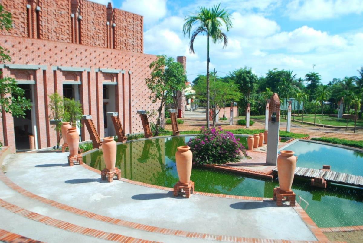 Cảnh quan Khu Công viên văn hóa đất nung Thanh Hà mang tính nghệ thuật cao