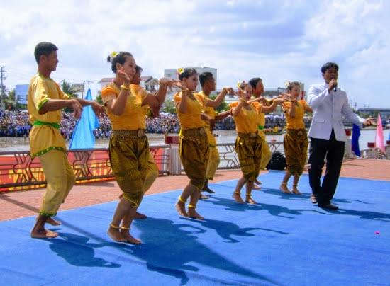 Múa rom vong được công nhận là Di sản văn hóa phi vật thể quốc gia năm 2019