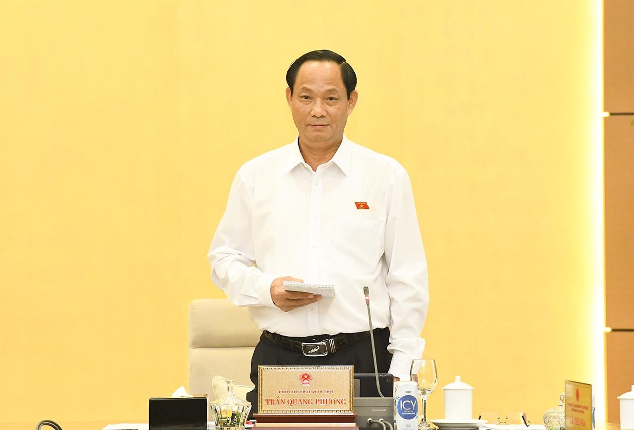 Phó Chủ tịch Quốc hội Trần Quang Phương phát biểu tại phiên họp